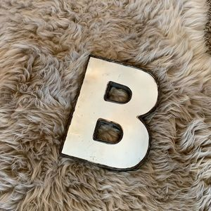 Mirrored Letter B